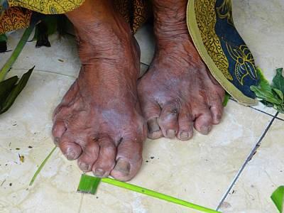 Exploramum Photograph - Balinese Lady's Feet by Exploramum Exploramum