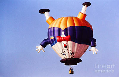 Humpty Dumpty Photograph - Balloon-humpty-2747 by Gary Gingrich Galleries