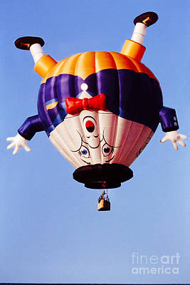 Humpty Dumpty Photograph - Balloon-humpty-2749 by Gary Gingrich Galleries
