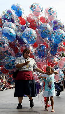 Photograph - Balloon Seller by David Nicholls