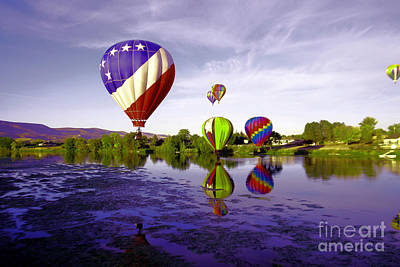 Balloons In The Yakima River Art Print by Jeff Swan