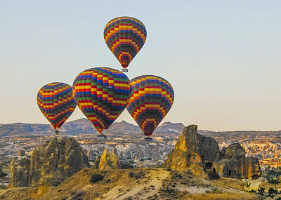 Photograph - Balloons Over Cappadocia by Alan Toepfer