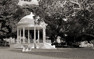 Photograph - Balmoral Beach Rotunda Black And White by Nicholas Blackwell