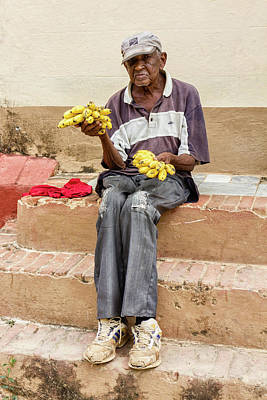 Photograph - Bananas For Sale by Dawn Currie