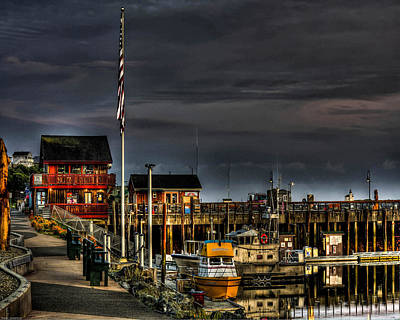 Print featuring the photograph Bandon Boat Basin At Dawn by Thom Zehrfeld