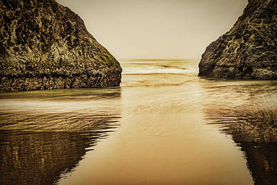Photograph - Bandon Sea Stacks Sunset - Oregon by Stuart Litoff