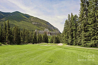 Banff Springs Golf In The Shadow Of The Castle Art Print