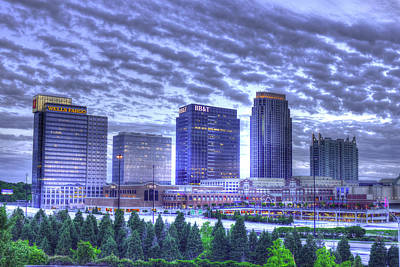 Welded Art Photograph - Banking Buddies Midtown Atlanta by Reid Callaway
