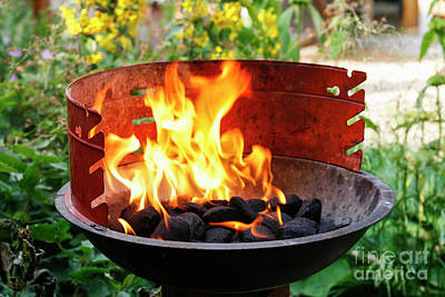 Photograph - Barbecue With Flames by Patricia Hofmeester