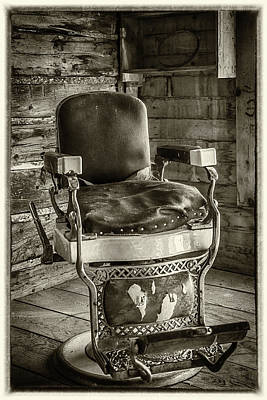 Photograph - Barber Chair by Paul Freidlund