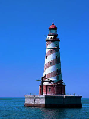 Photograph - White Shoal Lighthouse by Jeff Kurtz