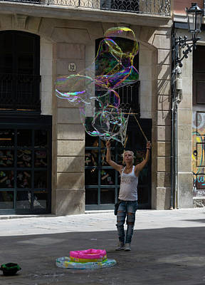 Photograph - Barcelona Bubble Maker by Steven Richman