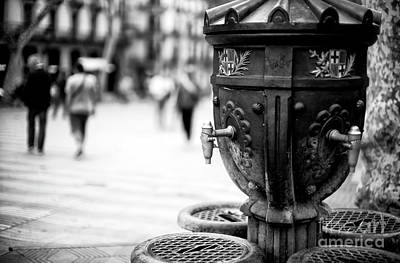 Barcelona Drinking Fountain Art Print by John Rizzuto