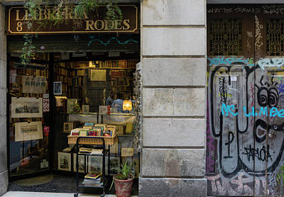 Photograph - Barcelona Old City 2 by Steven Richman