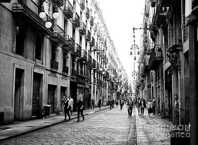 Photograph - Barcelona Street Scene by John Rizzuto