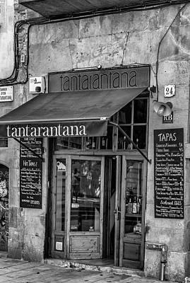 European City Digital Art - Barcelona Tantarantana by Georgia Fowler