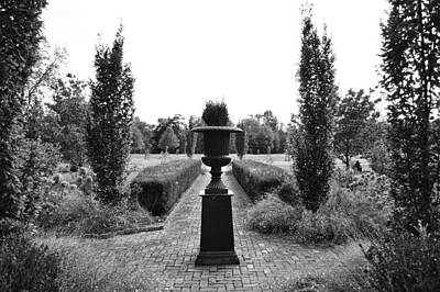 Photograph - Bardstown Garden  by Joseph Caban