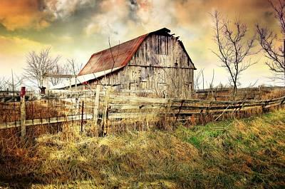 Photograph - Barn 26 by Marty Koch