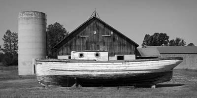Barn And Boat - Door County Art Print by Stephen Mack
