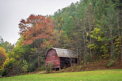 Photograph - Barn And Fall Foliage - Near Franklin, North Carolina by Lee Coursey