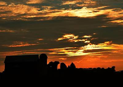 Barn And Silo At Sunset Art Print
