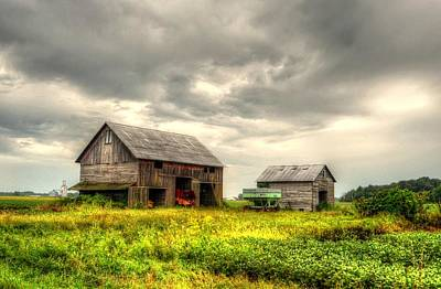 Barn And Sky Art Print by Jeffrey Platt
