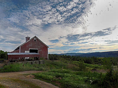 Photograph - Barn At Winsome Farm Organics by Nancy Griswold