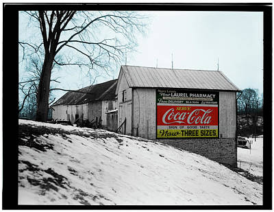 Photograph - Barn Coke Sign by Gary Grayson