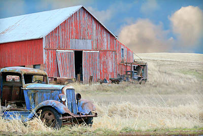 Photograph - Barn Finds by Steve McKinzie