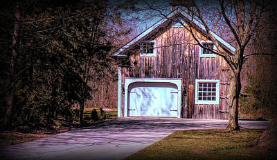 Photograph - Barn Garage by Leslie Montgomery