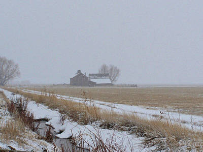 Photograph - Barn In Snow by Jeannie Bushman