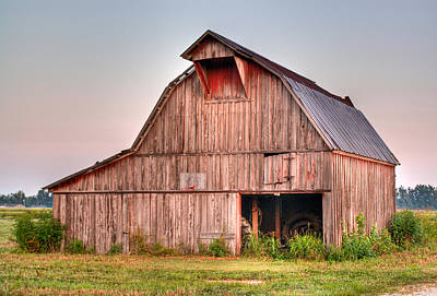 Barn Near Walnut Ridge Arkansas Art Print by Douglas Barnett