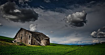 Haiku Wall Art - Photograph - Barn No.1 by Niels Nielsen