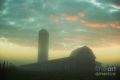 Photograph - Barn On Foggy Morning by David Arment