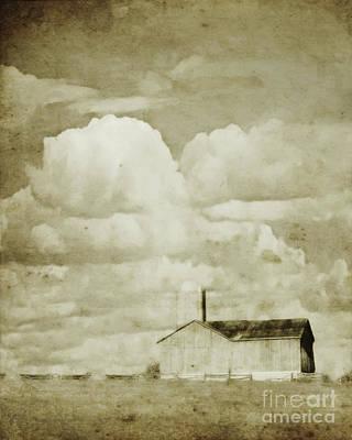 Photograph - Barn On The Flats by Hal Halli