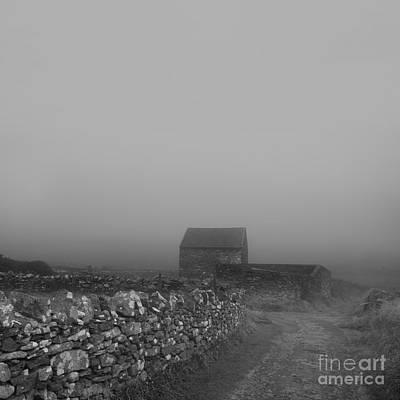 Photograph - Barn by Paul Davenport