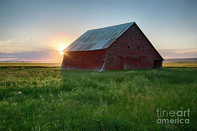 Photograph - Barn Portrait by Idaho Scenic Images Linda Lantzy
