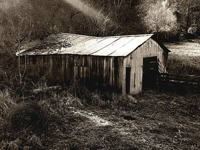 Photograph - Barn by Roberto Alamino