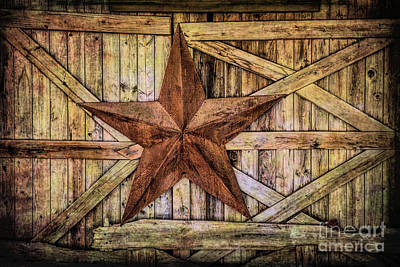 Photograph - Barn Star by Lynn Sprowl