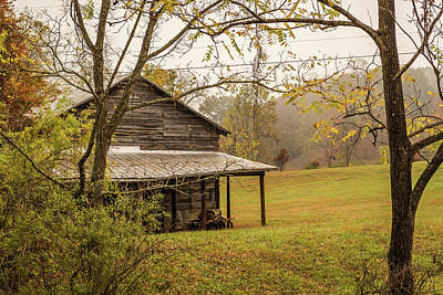 Photograph - Barn - Stecoah Valley, North Carolina by Lee Coursey