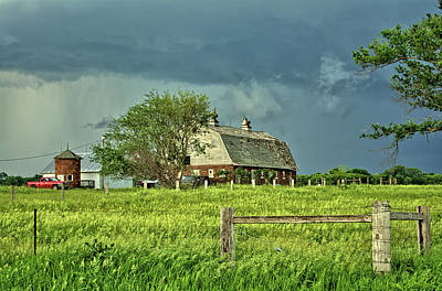 Photograph - Barn Storm by Bonfire Photography