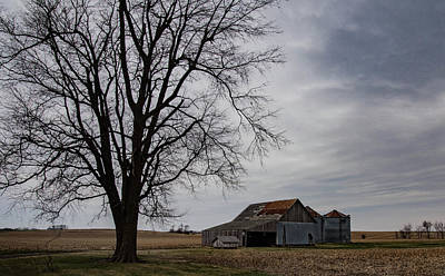 Photograph - Barn-tree-silos by Wendy Carrington