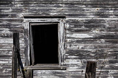 White Barn Photograph - Barn Window by Garry Gay