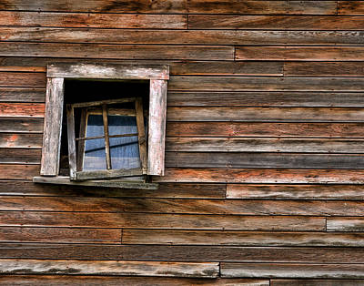 Photograph - Barn Window by Paul DeRocker