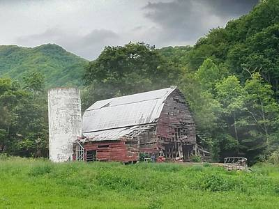 Photograph - Barn With Silo by Joe Duket
