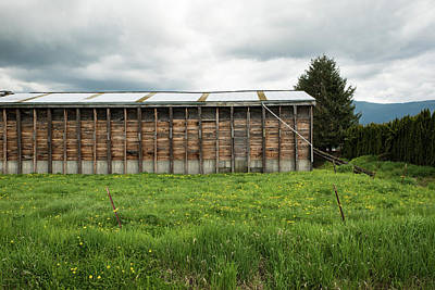 Photograph - Barn Without Walls by Tom Cochran