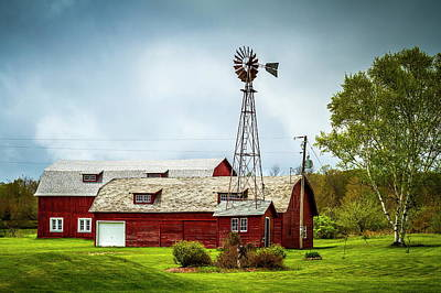 Photograph - Barns Under Clouds by Chuck De La Rosa