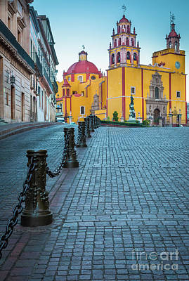Basilica Of Our Lady Of Guanajuato Art Print by Inge Johnsson