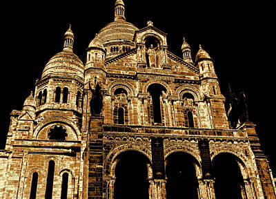 Sacre Coeur Photograph - Basilica Of The Sacred Heart by Laura Greco
