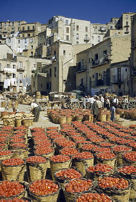 Baskets Filled With Tomatoes Stand Art Print by Luis Marden